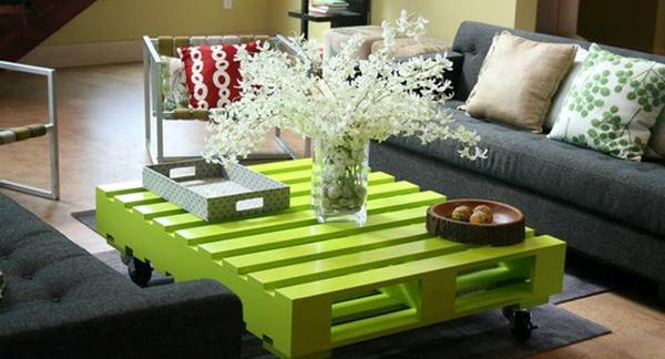 Green pallet coffee table