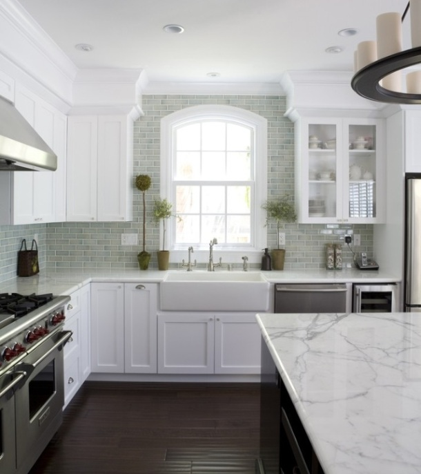Coloured subway tile in classic kitchen