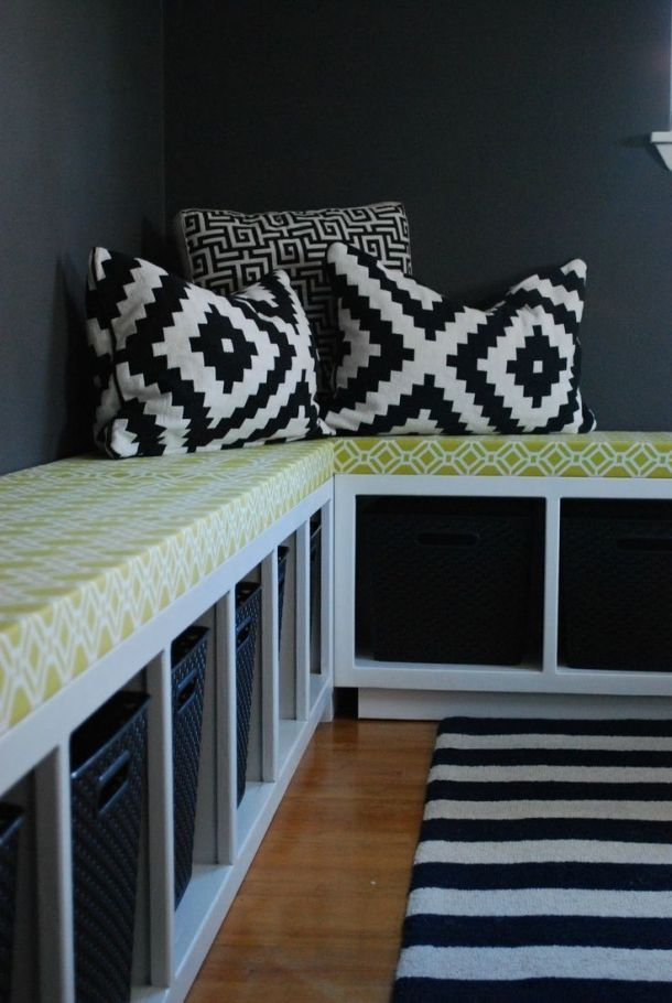 Expedit Bench
